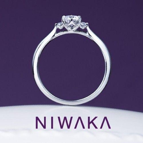 白鈴 SHIROSUZU(婚約指輪) ID85   俄(にわか)プラチナのエンゲージリング・婚約指輪一覧❤