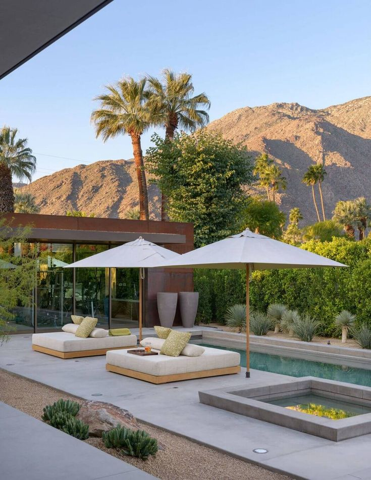 Palm Springs Retreat by Carré Designs