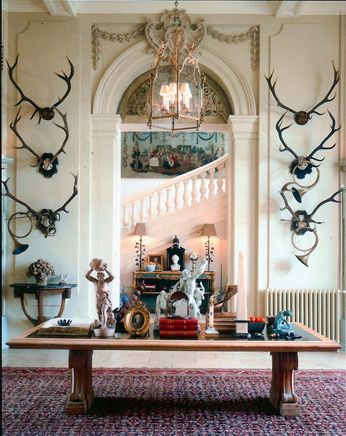 The way a doorway should look. The hunting horns are a wonderful touch.