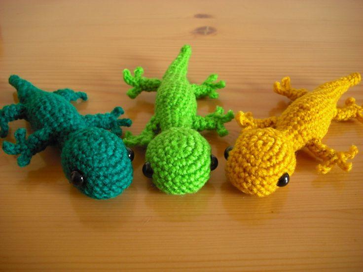 ヤモリの編みぐるみマグネット 完成!Add StarchocolaBBBchocolaBBBchocolaBBB 編み物, 編み物完成品  ヤモリの編みぐるみです。くっつくように、お腹にマグネットを仕込みました。