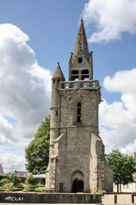 Le vieux clocher de Taulé. Finistère. Bretagne