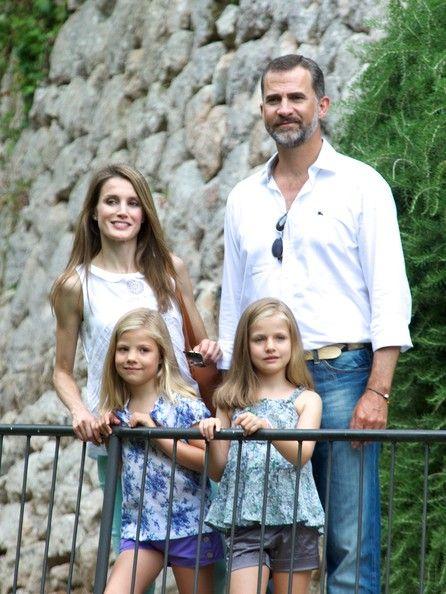 "Spanish Prince Felipe, Princess Letizia and their daugthers Infant Leonor (R) and Infanta Sofia (L) visit ""La Granja"" (Big Historical Mansion) on 5 Aug 2013 in Esporles, Palma de Mallorca"