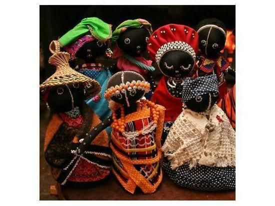 Dolls that represent the cultural heritage of South Africa: Vibrant, colorful and alive. These are: Xhosa, Ndebele, Zulu, Venda, Pedi, Sotho, Swazi, Tswana, and Tsonga.