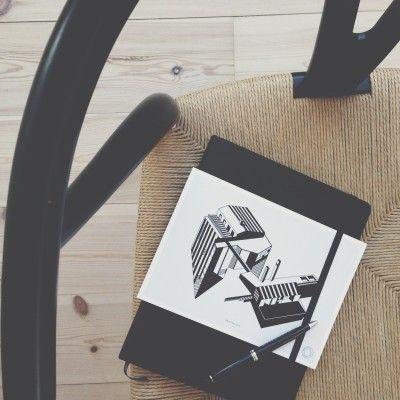Bungalow5_April by Kristina Dam_Black http://shop.bungalow5.dk/