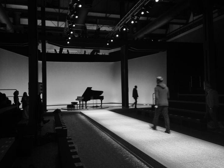 Canali AW14 fashion show #backstage #catwalk #piano