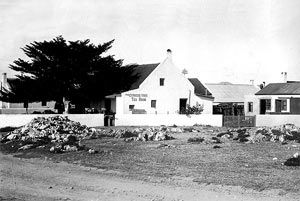 John Louis was obviously an enterprising young man and he acquired Lot 68. Here he built the first cottage in 1876 (on what is now Harbour Road) and then a second at right angles to it, facing the sea.