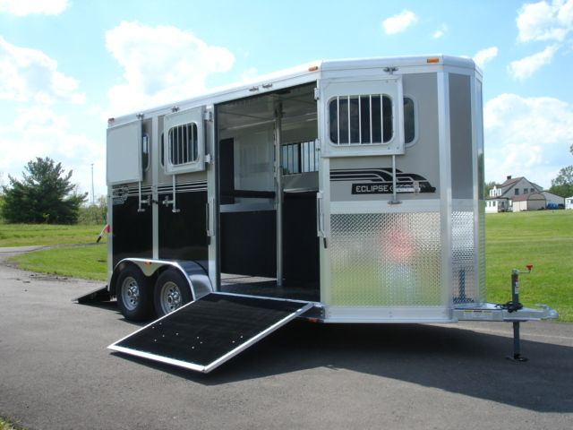 2 Horse trailer with escape ramp- so much easier to load and unload when you can let enough light in!