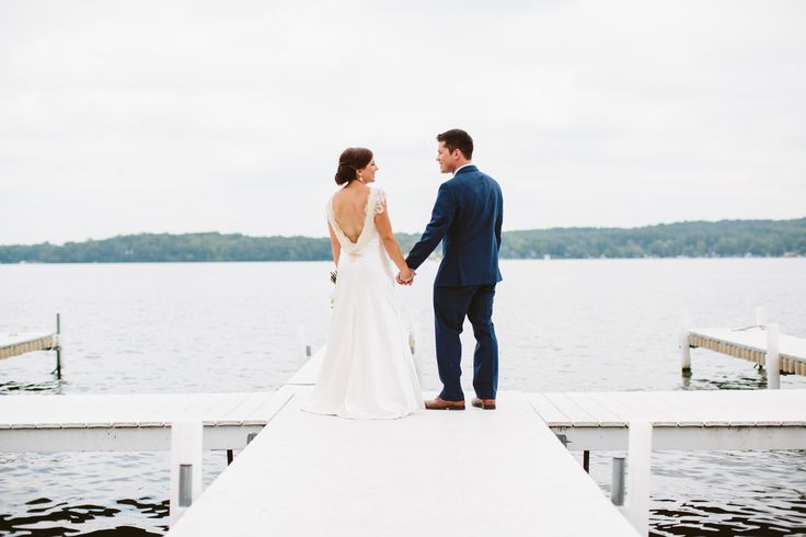 10 Can't-Miss Waterfront Venues in Michigan | Photo by: Jessica Hatter Photography | TheKnot.com
