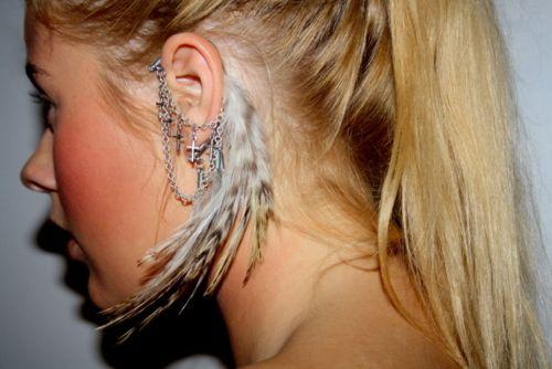 NEEEEEDDD!!!!Feathers Art, Feathers Earrings, Fashion, Cuffs Earrings, Chains Earrings, Ear Cuffs, Crosses, Honey Bees, Ears Cuffs