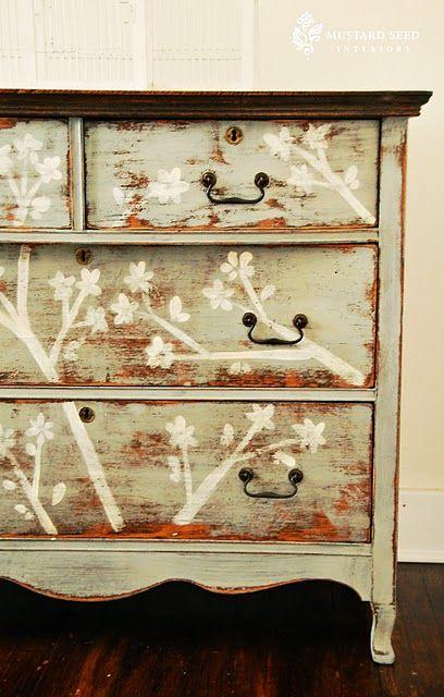 stencil dresser