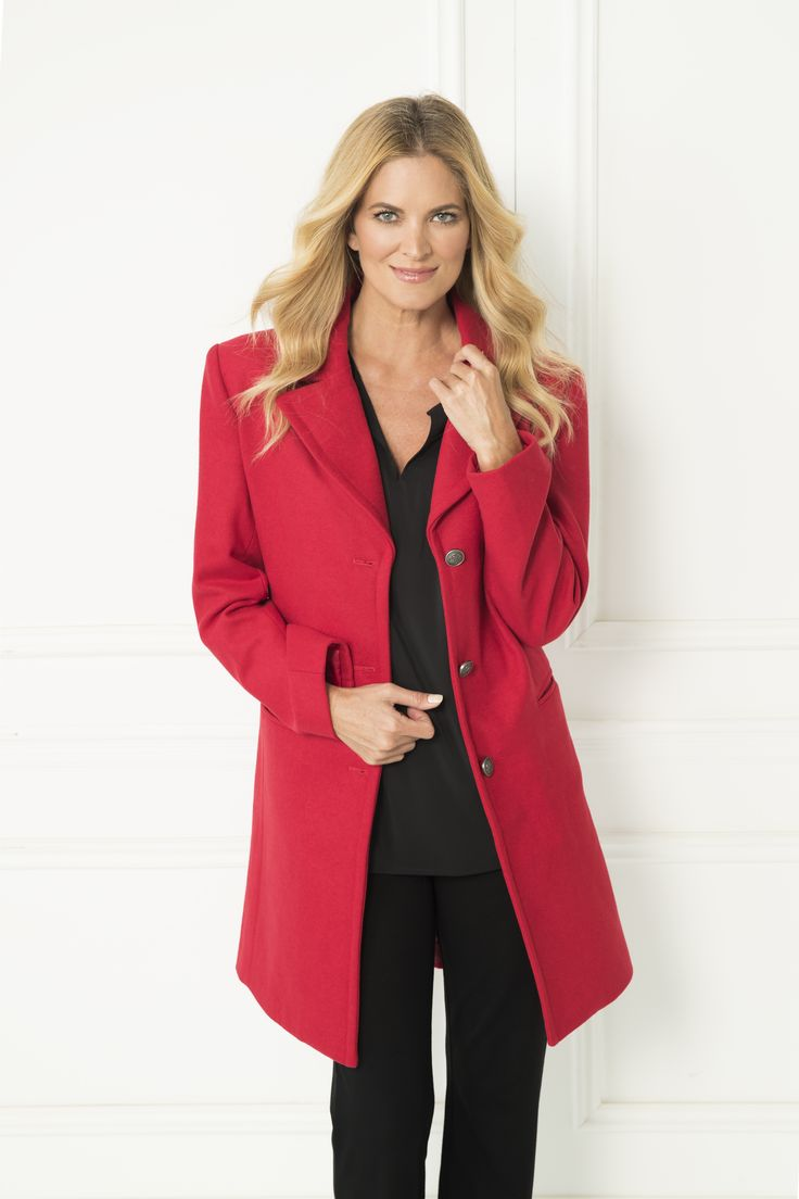The Beth Coat is sure to become a go-to piece for the winter months with its large collar and simple lines. The simplicity of the cut elevates the design into a sophisticated staple for the cooler season.  Gold detailing buttons Fully lined Side pockets