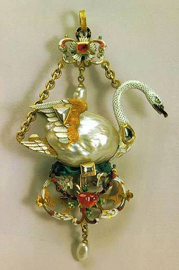 """""""Swan pendant made of gold, enamel, pearl, diamond, and ruby, from the Netherlands, 1590s."""""""