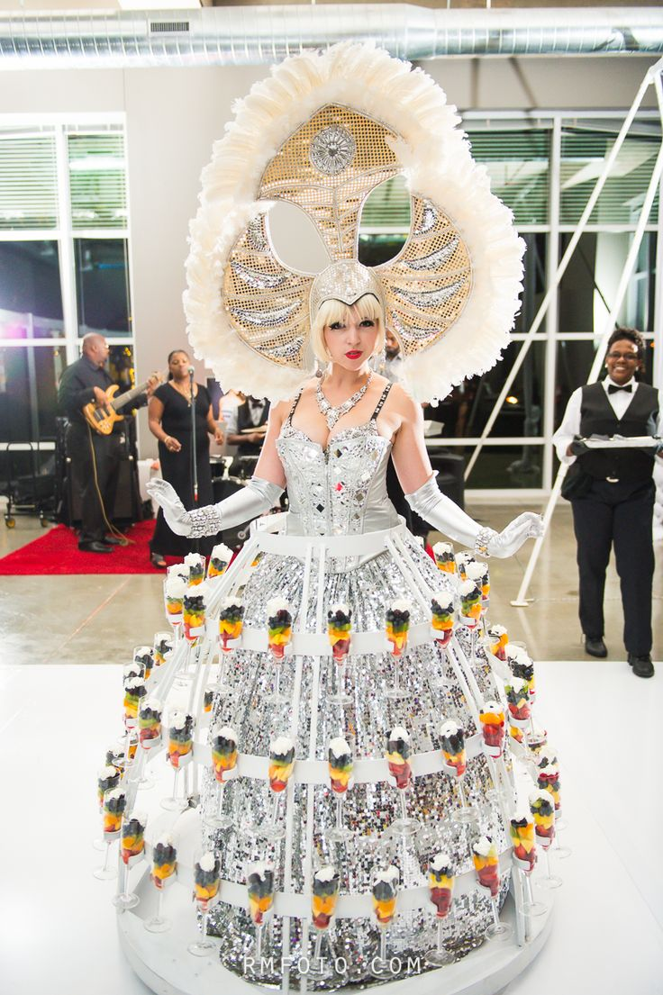 59 Best Images About Strolling Champagne Divas On