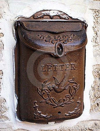 vintage mail box....what news made this famiy smile long ago?