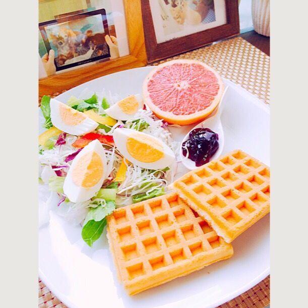aoi's dish photo 朝ごはん                  ワッフルのワンプレート | http://snapdish.co #SnapDish #朝ご飯