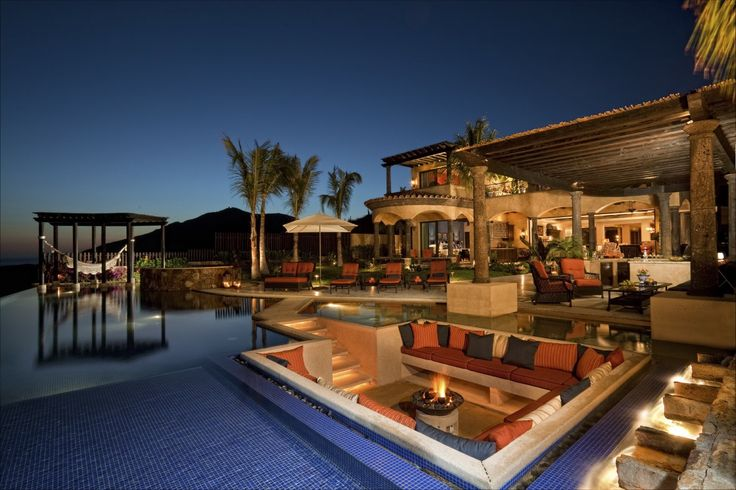 Firepit lounge in the middle of the pool!