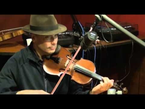 ▶ Sarah Savoy & The Francadians C'est Si Triste Sans Lui - live Radio Campus Rennes - YouTube