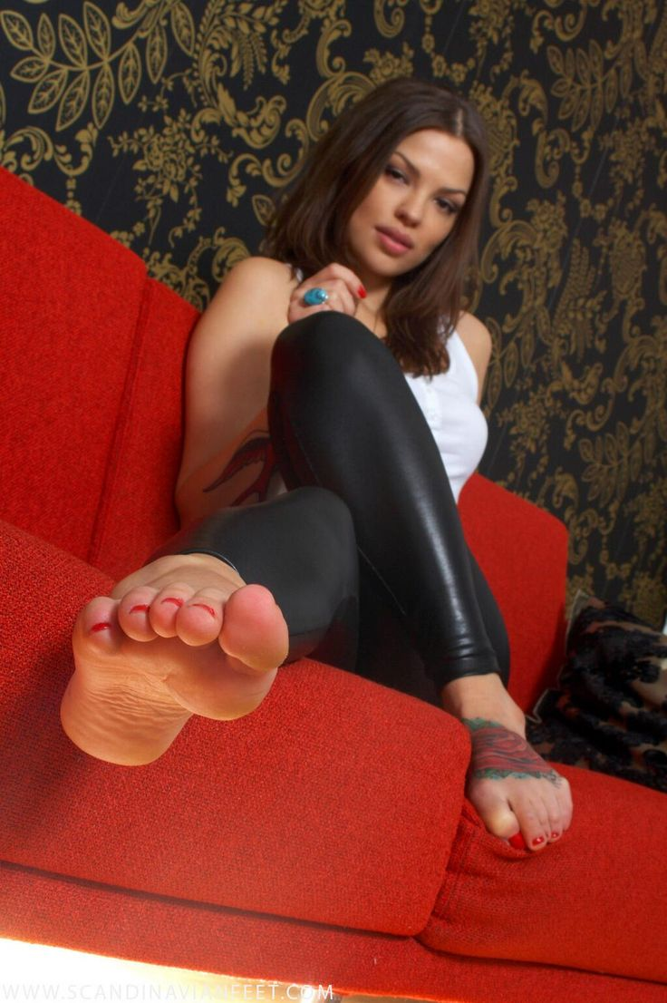 12 Best Images About Pretty Girls Feet In Leather Pants On -7604