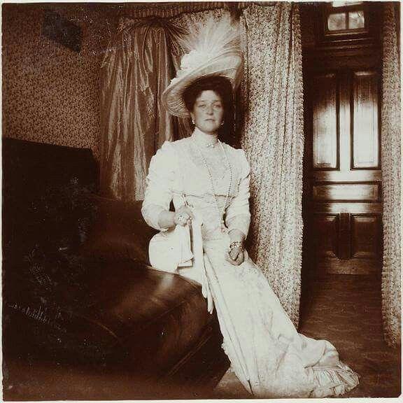 "Empress Alexandra Feodorovna of Russia. ""AL"" | Romanovs ..."