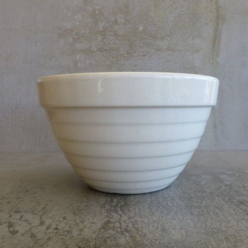 Vintage Crown Lynn Beehive Mixing Bowl Made in New Zealand.