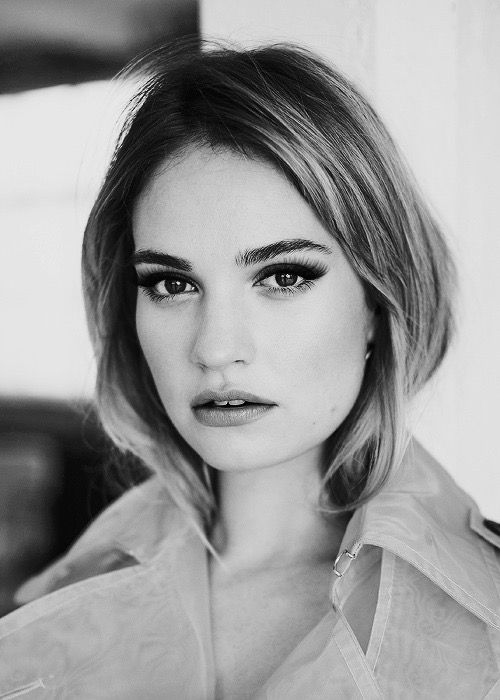 e6fd0556c46 Pin by Martu Alderete Mayer on Lily james in 2019