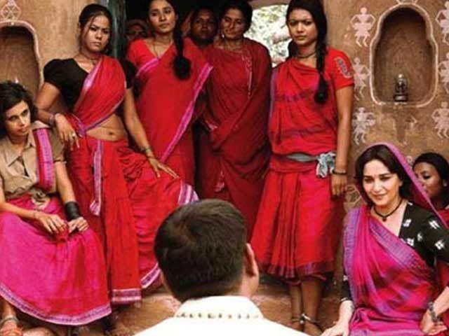 Movie review: 'Gulaab Gang' http://www.ndtv.com/video/player/news/movie-review-gulaab-gang/312331?curl=1412082118