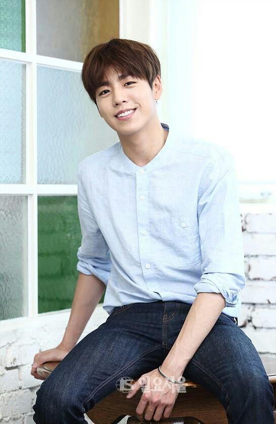 Happy birthday Lee hyun woo!