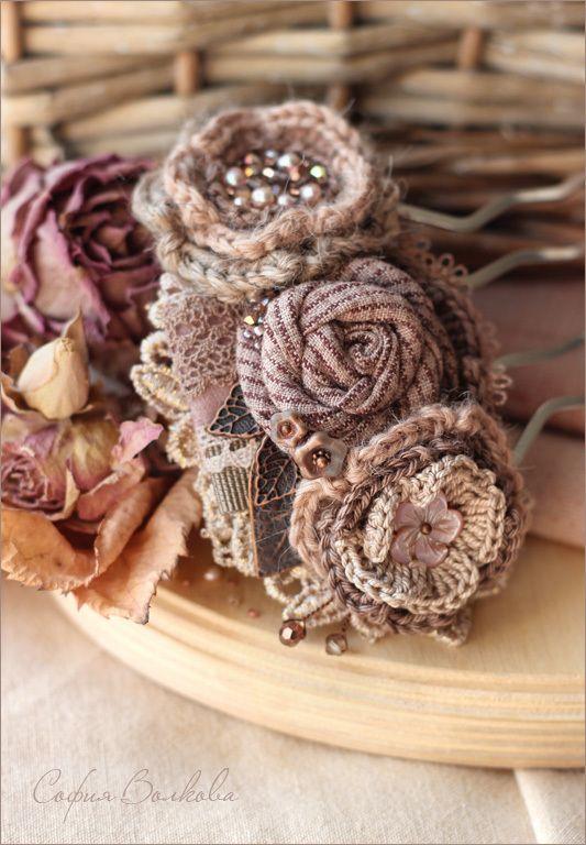 """Купить Гребень """"Фиалковая пудра"""" - гребень, гребень с цветами, гребень с розами, гребень для волос"""