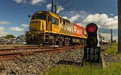 Scarica sfondi ferrovia, semaforo, vecchia locomotiva