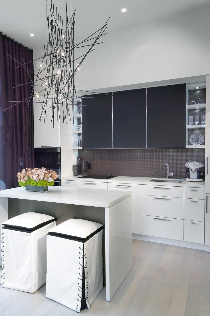 Model Suite Kitchen By Tomas Pearce Interior Design Consulting Inc The Yorkville Sales Office