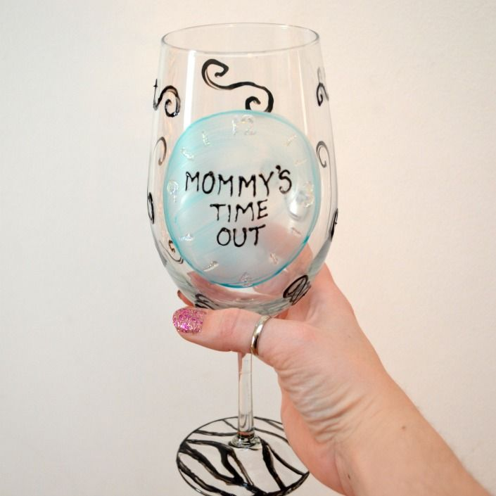 Mommy's Time Out Glass: Fun DIY Gift for a new mom!