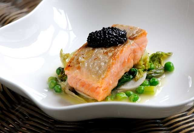 Sea trout with asparagus, peas and caviar