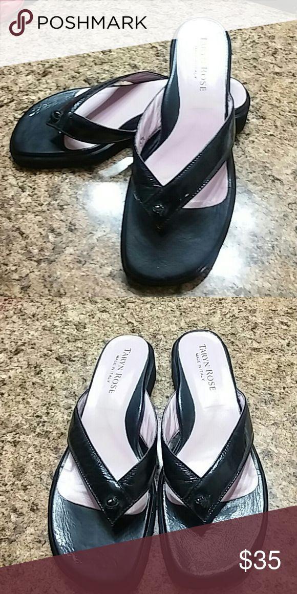 Taryn Rose dress flip flops Italian black dressy flip flops. Size 7.5. EUC Taryn Rose Shoes Sandals