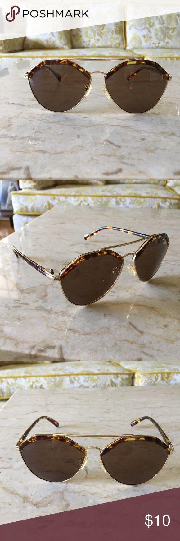 TOPSHOP sunglasses TOPSHOP tortoise sunglasses Topshop Accessories Sunglasses