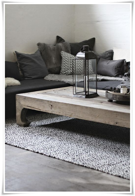 I LOVE the look of this. Modern + Vintage/Rustic...but not overdone!!!