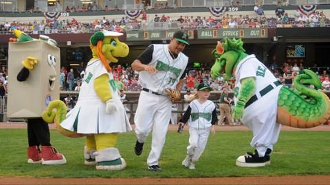The Official Site of The Dayton Dragons | daytondragons.com Homepage