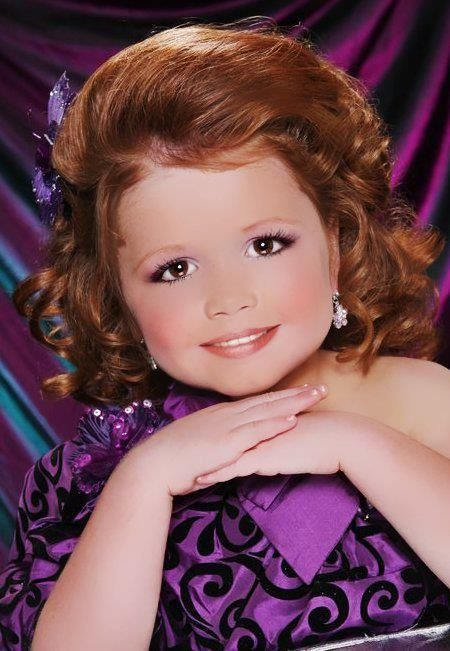 Wallpaper Of Cute Little Baby Girl Todlers And Tiaras Glitz Pics Toddlers And Tiaras