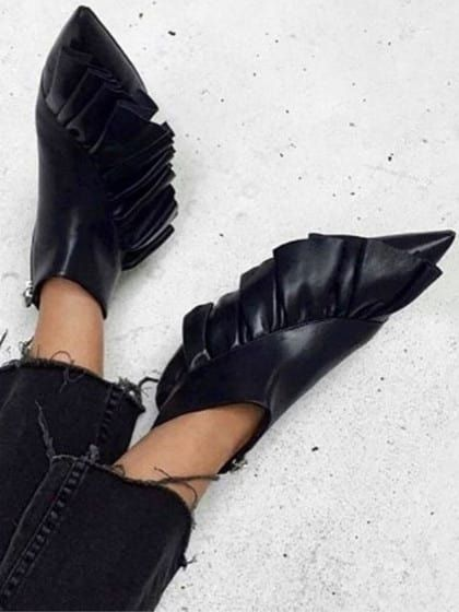 Cult Shoe Styles That Defined 2016 | Stylight