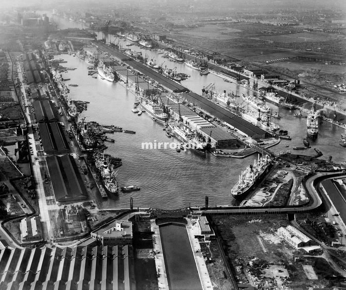 Aerial view showing London docks in the East, 1951.