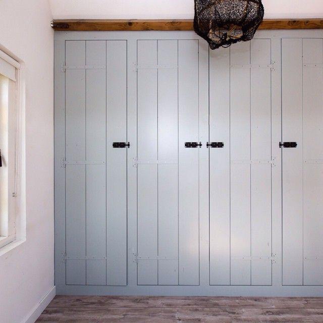 Simple closet doors/ Bekijk deze Instagram-foto van @richmeerveld • 39 vind-ik-leuks
