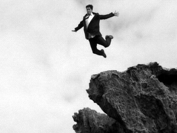 Trajetória descendente: seguir o manual do péssimo funcionário é certeza de fracasso na carreira