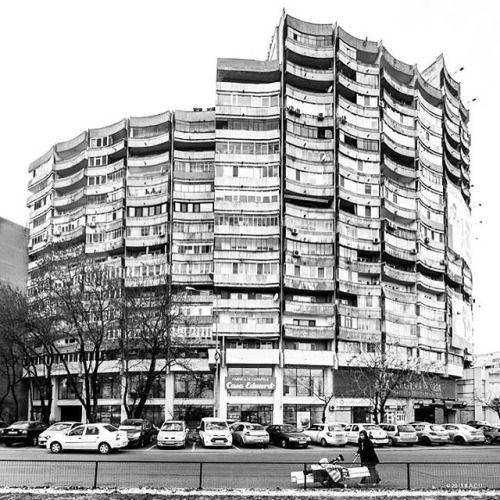 Housing building, (Blocul Rotund)  Lujerului square, Militari neighborhood, Bucharest, Romania, 1970