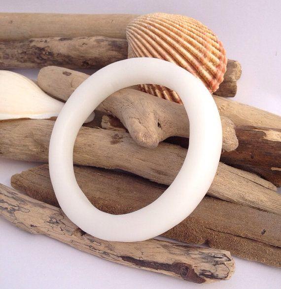 Smooth matte white eco-resin organically shaped bangle