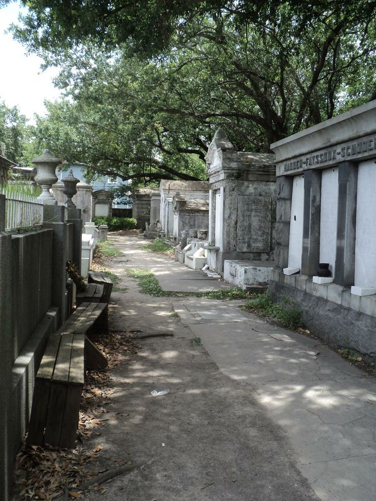 76 Best Louisiana Cemeteries Images On Pinterest Graveyards New Orleans Louisiana And New