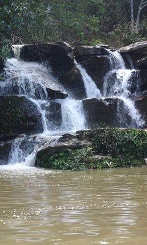 Cachoeiras geladas aguardam os turistas no Lago Corumbá e no Parque Estadual da Serra de Caldas Novas (Pescan). Caldas Novas, Goiás, Brasil.  Fotografia: Agetur.
