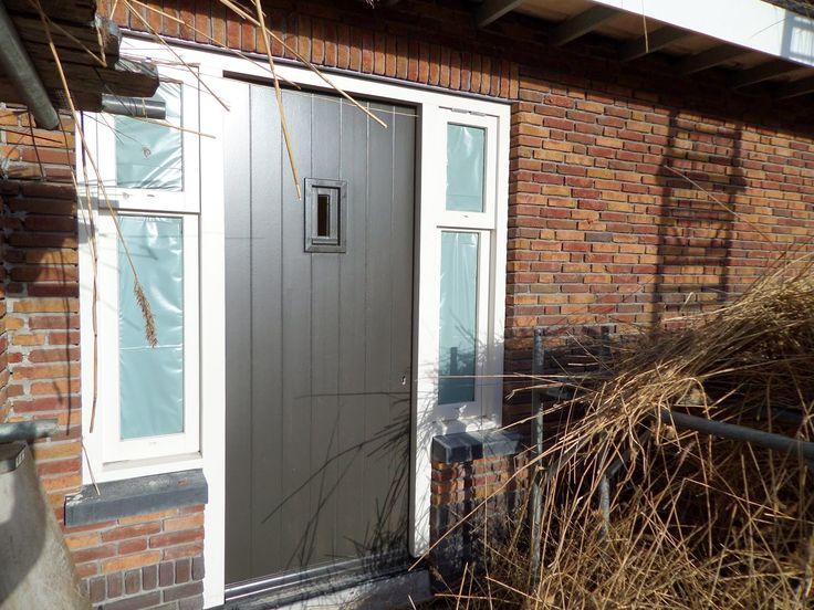 Andere kleur voordeur (en garagedeur?)