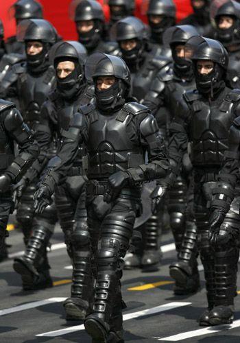 Peruvian Anti-Riot Police Uniforms Look Like Judge Dredd Meets Batman [Military: http://futuristicnews.com/tag/military/ Dystopia: http://futuristicnews.com/tag/dystopia/ DARPA: http://futuristicnews.com/tag/darpa/ Future Warfare: http://futuristicshop.com/category/future-wars/]