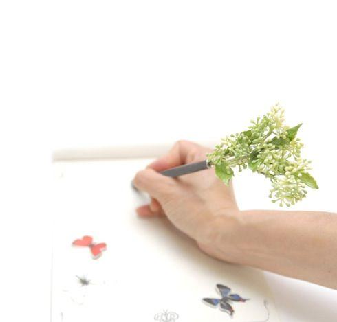 ちょっとした贈り物にピッタリ! 花やハーブのペン【bonboog ボタニカルペン】|インテリアハック