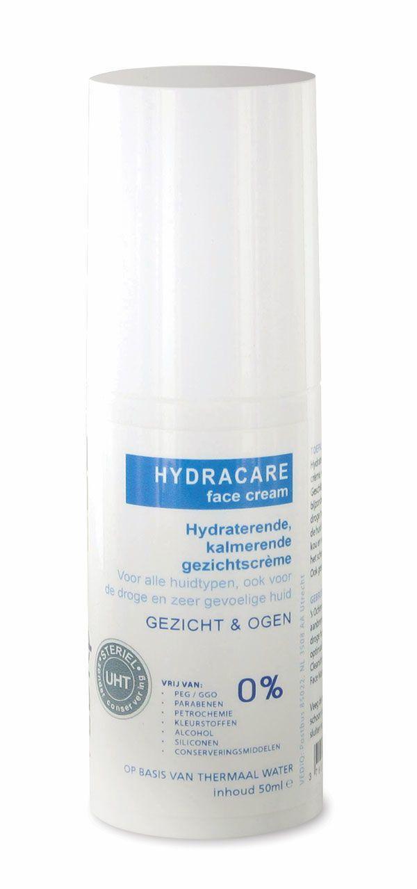 Hydracare face cream  Description: VEDIQ HYDRACAREface creamis een natuurlijke hypoallergene gezichtscrème speciaal ontwikkeld voor de droge gevoelige en allergische huid. De crème hydrateert de huid en beschermt het beschermd tegen invloeden van weer en wind. De crème heeft een subtiele geur en is hierdoor ook geschikt voor de mannenhuid die geïrriteerd raakt na het scheren.VEDIQ HYDRACAREface creamis een ideaal product voor de dagelijkse gezichtsverzorging van de gevoelige of geïrriteerde…