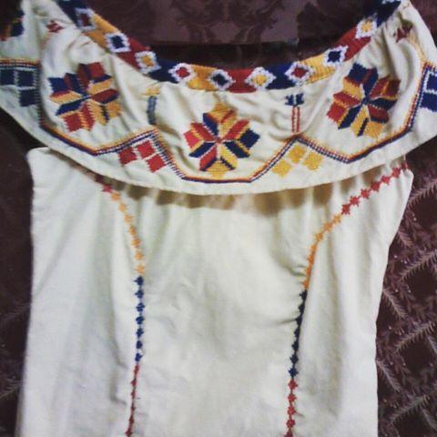 Vestido con marcado ocueño....#materialesangie #ocueño #vestidosestilizados #vestidostipicos #Panamá #folclore